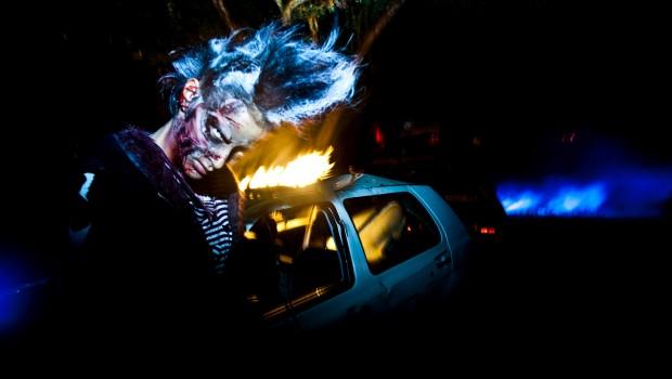 Europa-Park Horror Nights brennendes Auto