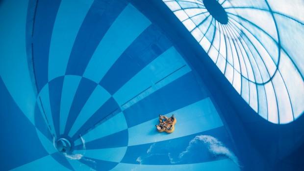 Hof van Saksen größte Indoor-Wasserrutsche der Welt Bombo