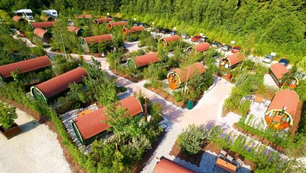 LEGOLAND Deutschland Feriendorf Campingfässer