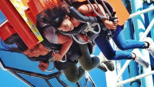 "Santa Cruz Beach Boardwalk 2017 neu mit Thrill-Rides ""Typhoon"" und ""Shockwave"""