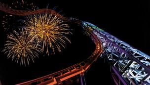 Skyline Park bei Nacht - Sky Wheel Feuerwerk