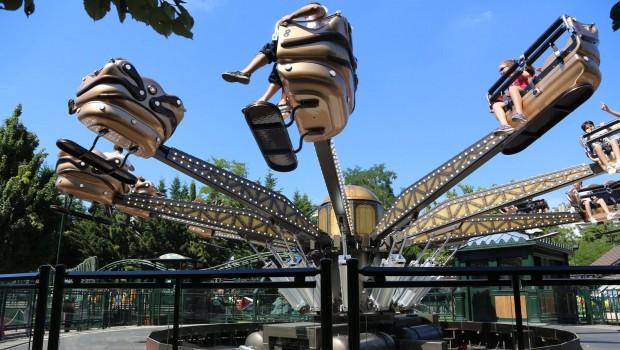Jardin d'Acclimatation Le Manège des Sauterelles
