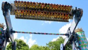 """Six Flags Great America schließt Top Spin-Fahrgeschäft """"King Chaos"""""""