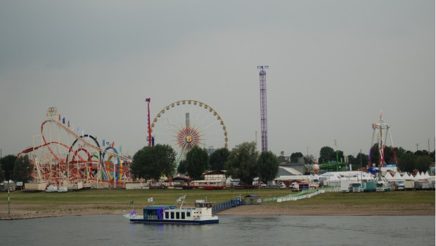 Übersicht der Rheinkirmes 2017