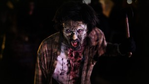 Walibi Holland Fright Nights Axt Mensch