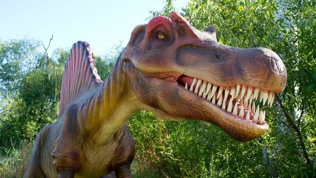 Dinosaurs Alive! in Kings Island