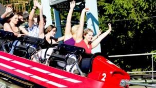 """Nigloland verabschiedet sich von """"Bobsleigh"""": Achterbahn-Klassiker kommt in den Parc de la Vallée"""