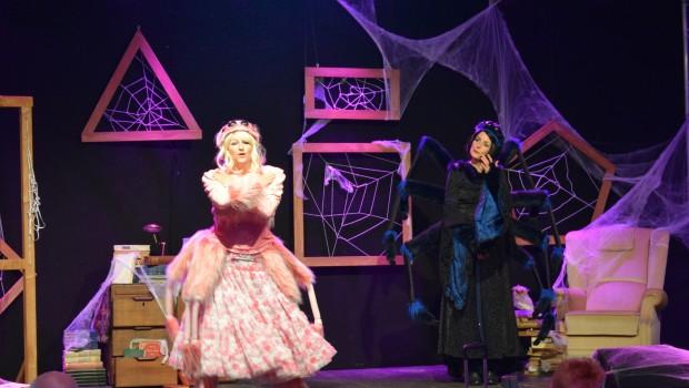 """Happy Halloweenshow"" im Toverland"