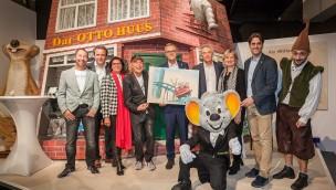 """OTTOs Welt"" im Europa-Park: Otto Waalkes-Kunstausstellung offiziell eröffnet"