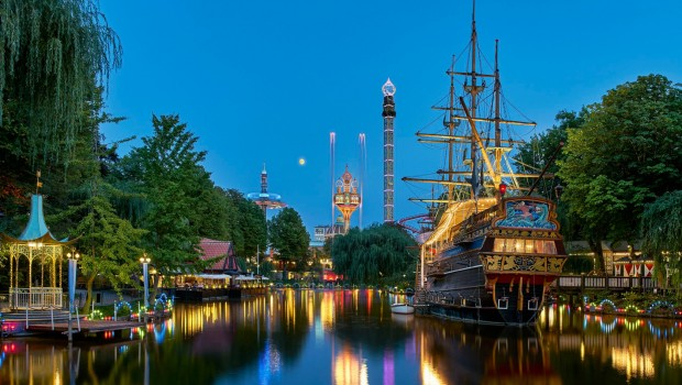 See in Tivoli Kopenhagen am Abend