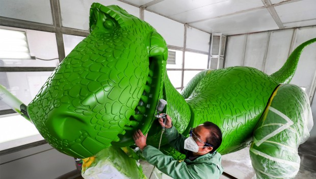 Disenyland Shanghai: Bau von Toy Story Figur Rex