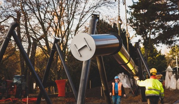 Aufbau von Les turbines d'avion in Jardin d'Acclimatation