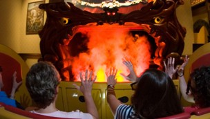 Busch Gardens Williamsburg Curse of DarKastle