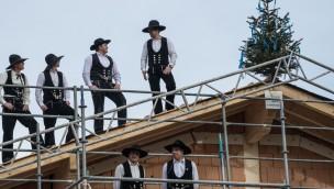 Tierpark Hellabrunn feiert Richtfest des neuen Mühlendorfs