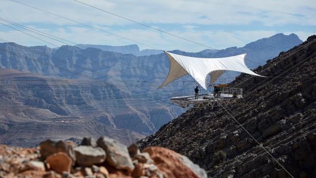 Längste Seilrutsche der Welt fliegende Plattform