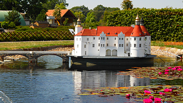 Miniaturenpark Kleine Lausitz Elsterwerda: Wasserschloss