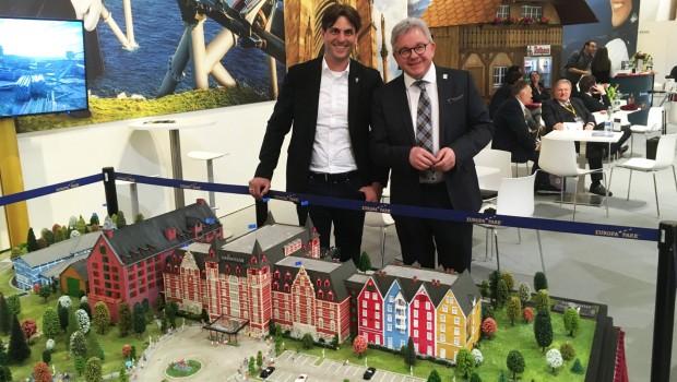 Europa-Park Kronasar Hotel Modell Thomas Mack
