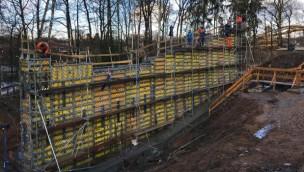 """""""Dynamite""""-Baustelle im Blick: Freizeitpark Plohn beginnt Fundament- und Tunnelarbeiten für erste Big Dipper-Achterbahn Deutschlands"""