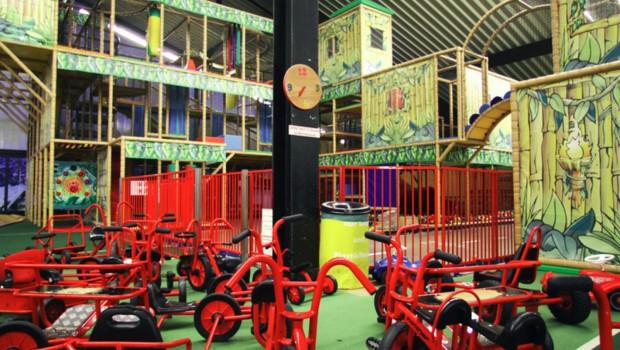 Trampolino Kinderspielpkark Hilden