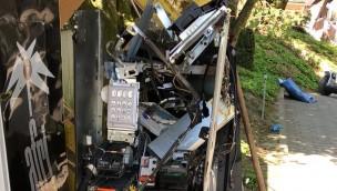 Einbruch im Schwaben-Park: Unbekannte sprengen Geldautomat