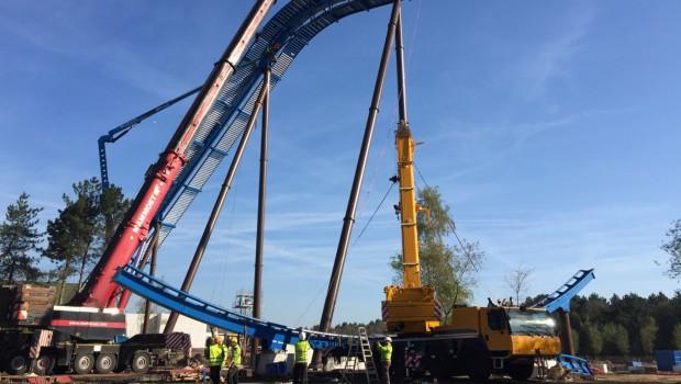 Toverland Fenix Baustelle Schienenteile