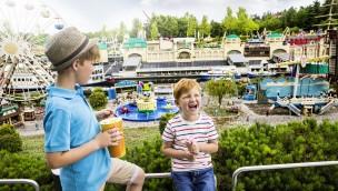"""LEGOLAND Deutschland: Ausstellung """"LEGO damals und heute"""" 2018 zum 60. Geburtstag des LEGO-Steins"""