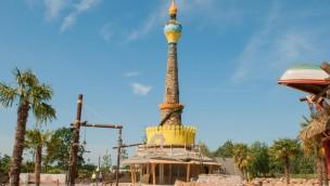 """Leuchtturm """"Solaris"""" als Eyecatcher in neuem Toverland-Eingangsgebiet """"Port Laguna"""" errichtet"""