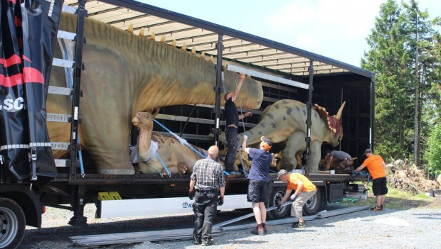 Fort Fun Abenteuerland Aufbau Dinosaurier
