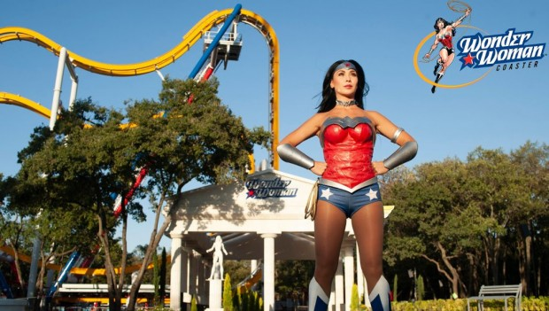 Six Flags Mexico Wonder Woman Coaster
