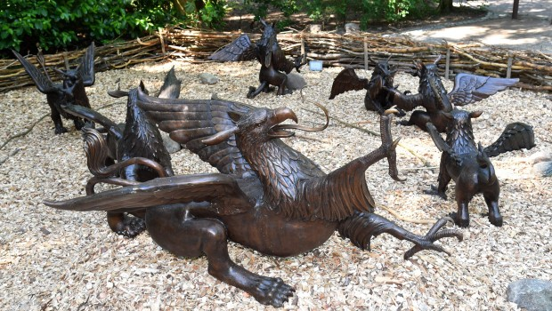 Zoo Rostock - Bronze-Greifen
