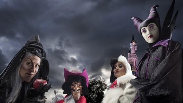 Bösewichte im Disneyland Paris an Halloween