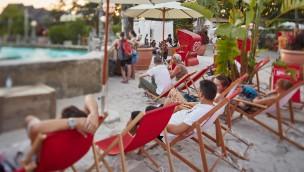 """""""Rulantica Beach Club"""" im Sommer 2018 im Europa-Park: Strandoase in Portugiesischem Themenbereich"""
