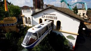 """Zwischenfall mit """"EP-Express"""" im Europa-Park: Züge der Schwebebahn kollidieren"""
