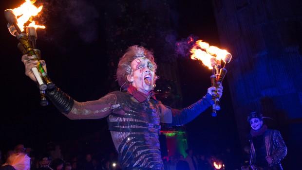 Karls Erlebnis-Dorf Halloween Feuershow
