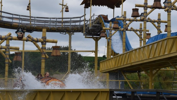 Pirateninsel Eifelpark Wildwasserbahn