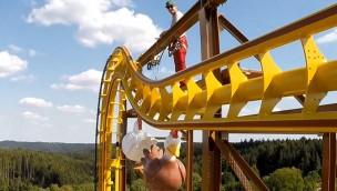 """Schwaben-Park: Neue Achterbahn """"Wilde Hilde"""" macht erste Testfahrten"""