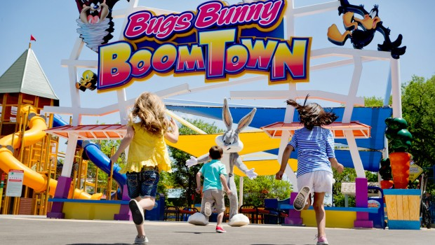 Six Flags Mexico Bugs Bunny Boomtown
