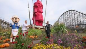 BUGA-Zwerg Karl wirbt im Erlebnispark Tripsdrill für die Bundesgartenschau Heilbronn 2019