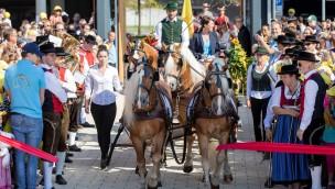 EQUILALAND offiziell eingeweiht: Münchner Pferde-Erlebniswelt jetzt geöffnet