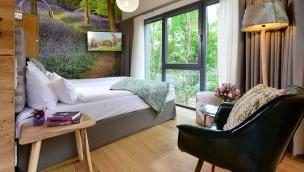 Alpenpark Neuss eröffnet erste BaumChalets noch 2018: So sehen die Baumhäuser von innen aus!