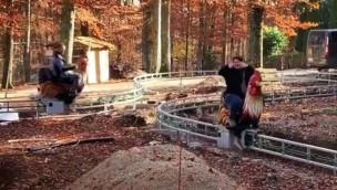 """Traumland auf der Bärenhöhle 2019 neu mit """"Wilde Gockel"""": Gockel-Reitbahn macht erste Testfahrten"""