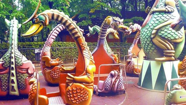 Bobbejaanland Dino Ride