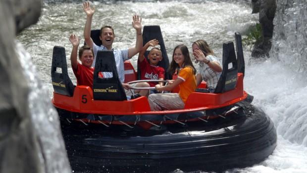 Europa-Park Fjord Rafting Wasserfall Nahaufnahme