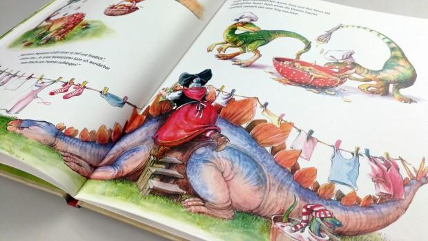 Madame Freudenreich Buch Dinosaurier in Omas Garten