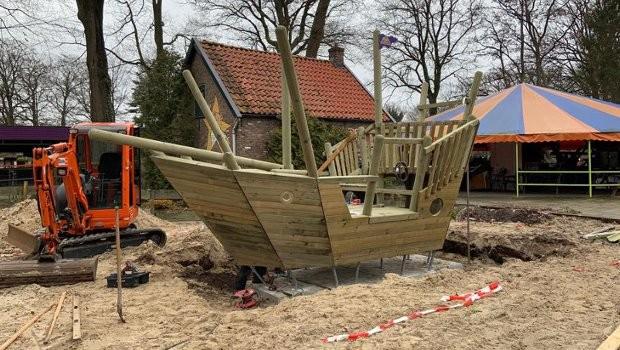 De Waarbeek Piratenschiff neu 2019