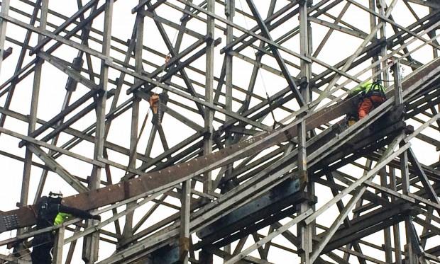 Heide Park Colossos Schienenschluss