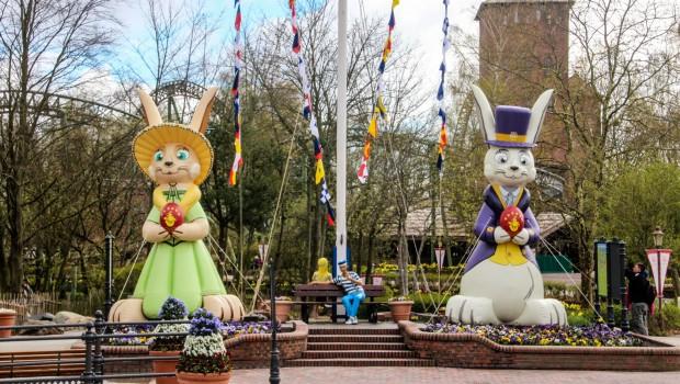 Der Hansapark zu österlichem Anlass geschmückt