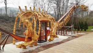 """potts park baut """"Säbelsaurus"""" auf: So sieht die Gestaltung der neuen XL-Pendelbahn aus!"""