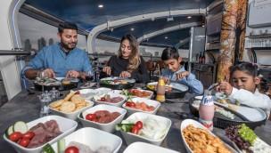 UfO Restaurant im Attractiepark Rotterdam nach Wartungsarbeiten wieder geöffnet