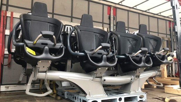 Dynamite Plohn Testfahrt Sitze